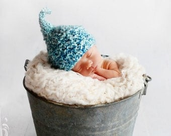 BLUE BABY Boy Knit HAT - Kiss Elf Hat for Baby, Premie to Toddler - Blue Yarn, Photography Prop