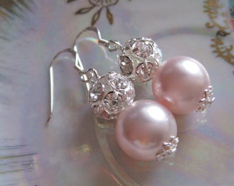 Lauren - Blush Pearl Bridal Jewelry. Swarovski Rosaline Pink Pearl bridal Earrings,Vintage Style Jewelry.