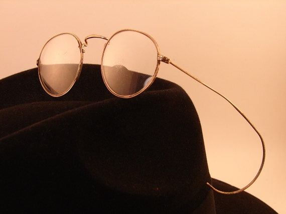 Vintage Round Eyeglass Wire Rimmed Frames Gold SHURON HIBO with Case