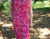 1950's-60's Fuschia/White, Beaded Wiggle Dress - Scoop Neck, Sleeveless - Size M-L