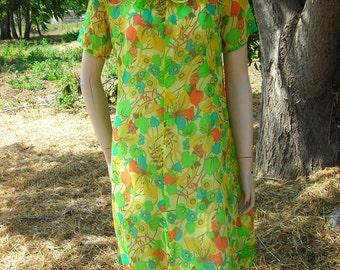 1960's sheer, floral, short-sleeved, summer a-line dress - size M
