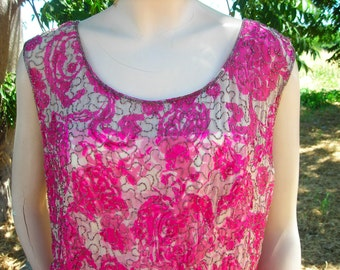 1950's-60's Fuschia/White, Beaded Wiggle Dress - Scoop Neck, Sleeveless - Size M
