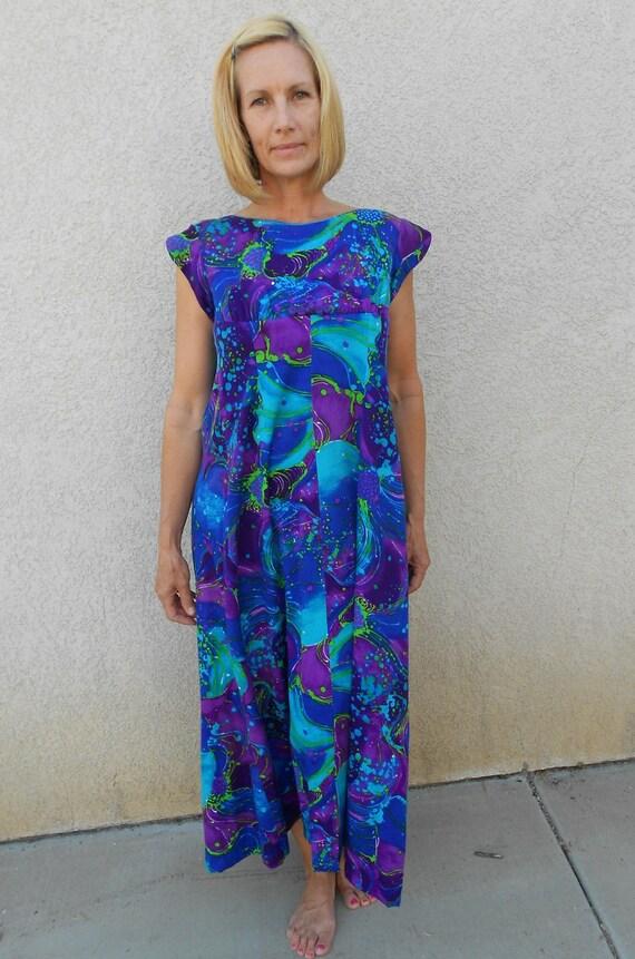 1960's-70's Cotton Hawaiian Maxidress w/Blue/Purple/Green Psychedelic Print - Size-L