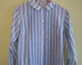 1960s Button Down Pin Tuck Blouse w/ Peter Pan Collar, XS/S
