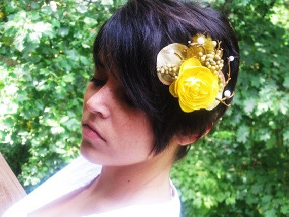 YELLOW PRAIRIE ROSE - hair fascinator\/ barrette\/ clip -  Free Shipping Worldwide -  Romance And Whimsy