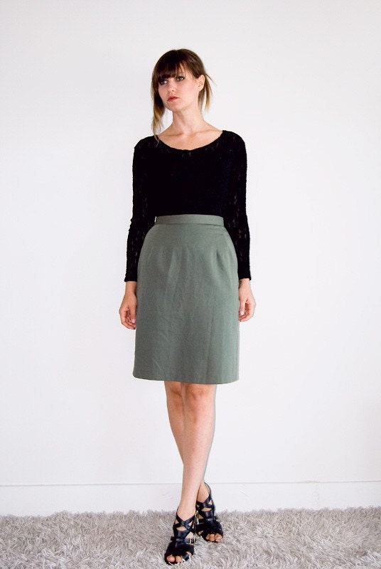 Love the green pencil skirt! Find this Pin and more on My Style by Sherbie. Teal skirt with striped top I need a colored pencil skirt! More green + stripes (+ leopard) via Veronika's blushing.