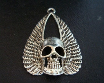 Human Skull, GOTHIC WING SKULL, Necklace Supply, Silver Ox Pendant, Almost 2 Inches Tall
