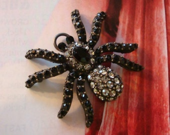 Spider Black Widow Fully Jeweled Glass Rhinestone Body and Legs Pendant, Necklace Supply