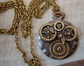 Steampunk Geared Necklace, Nice Vintage Ox Finish, 18 Inch Chain