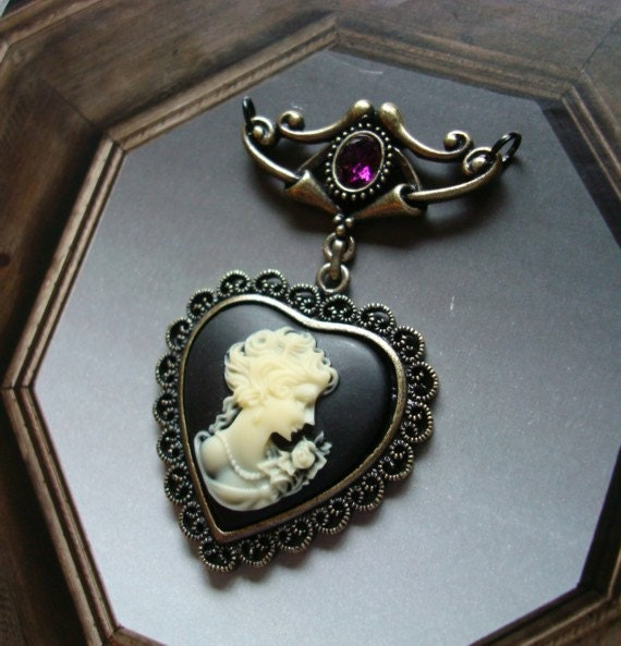 VICTORIAN CAMEO PENDANT With Glass faceted Amethyst Jewel, Just Add a Chain