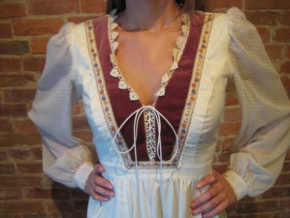 SALE Gunne SAX Boho Prairie Girl 70s Dress