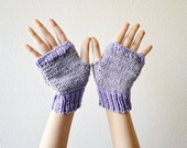 Fingerless gloves grey lilac handknitted