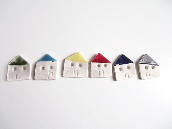 Porcelain houses set of 6  buttons