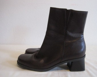 vintage Chocolate Brown Leather Mid Calf Boots by Naturalizer  size 8 1/2 Medium