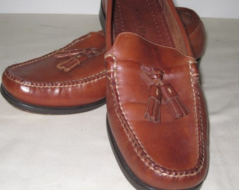 vintage Saddle Tan leather Loafer with Tassel Trim by Cole Haan - size 5 1/2 Medium
