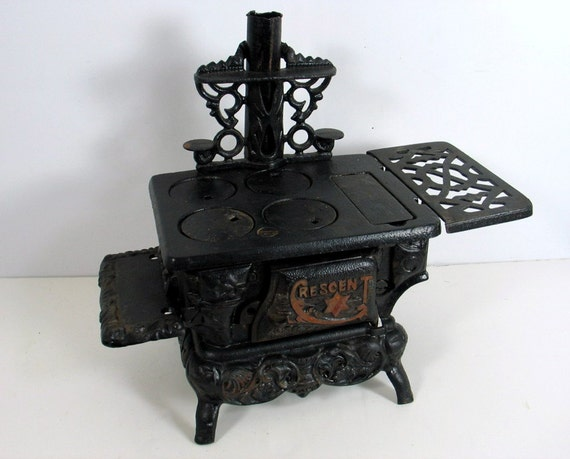 Antique Miniature Cast Iron Stove By 4eyesandears On Etsy