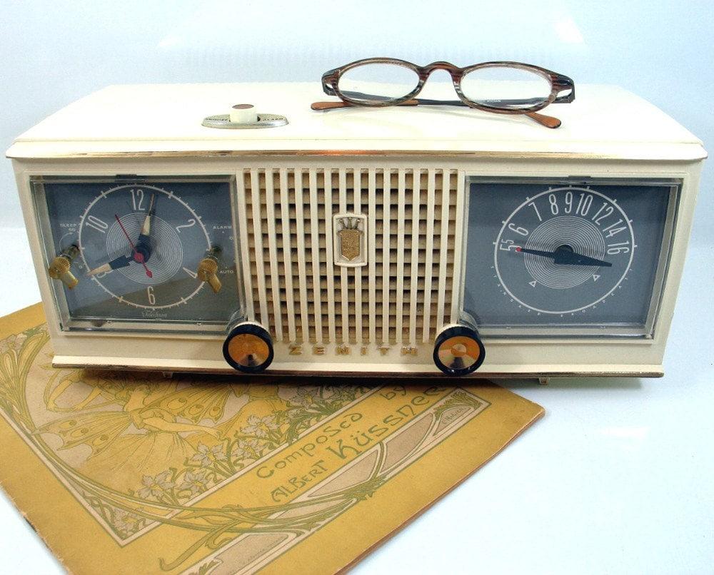 Zenith Z253 CD Clock Radio with Remote (Refurbished ... |Zenith Clock Radio