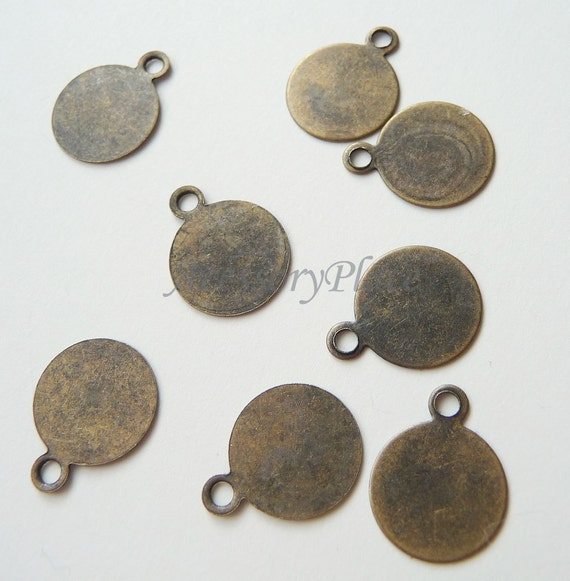 50 pcs..  Antique Bronze 14mm Pendant Charm Base... for Accessories and Jewelry