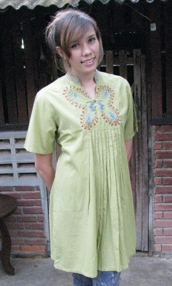 Manee039   The cotton blouse with butterfly ....DISCOUNTED PRICE