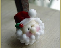 Round Santa Holiday Christmas Lampwork Bead