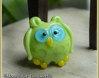 Lime Green Spotted Owl Lampwork Bead