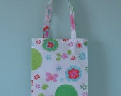 Pretty shopping bag for a little girl