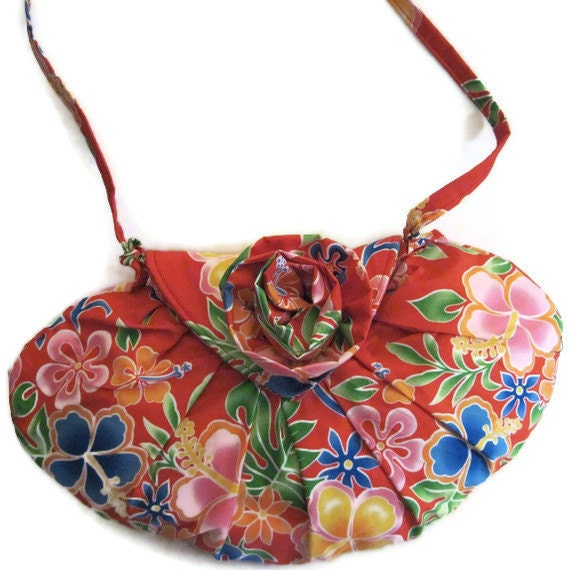Red Floral Print Purse