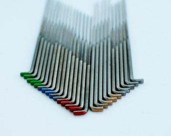 Heidifeathers 25 x Mixed Triangular Felting Needles  5x 32g 5 x 36g, 5 x 38g, 5 x 40g and 5 x 42g