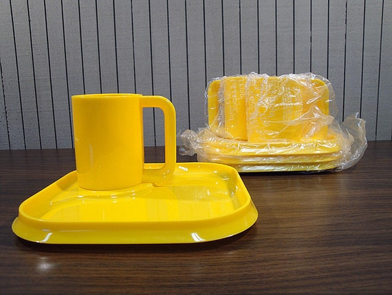 Ingrid of Chicago Yellow Snack Set for Four