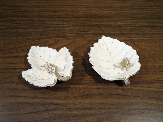 SALE - Set of Two Leaf Shaped Dishes Made in Occupied Japan