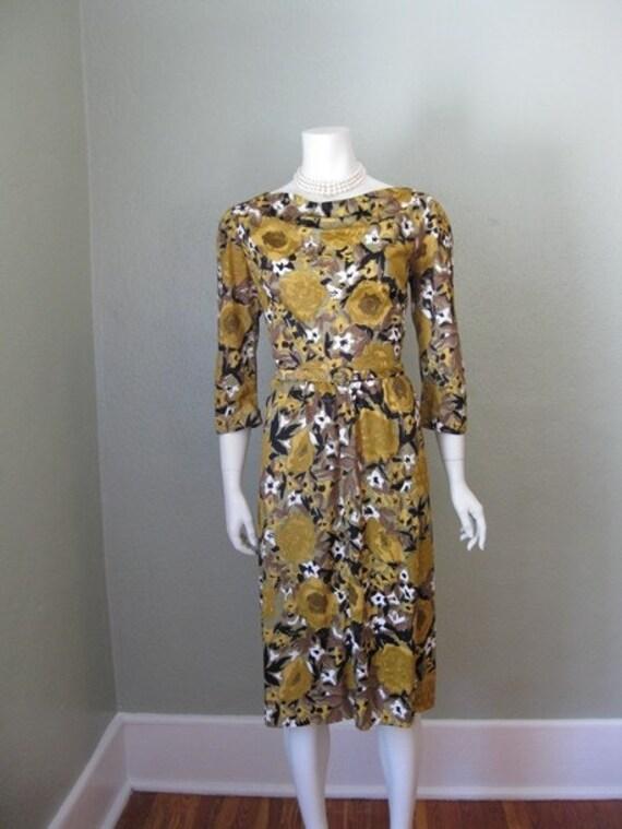 Sale 60s nylon MUSTARD FLORAL wiggle dress size m/l