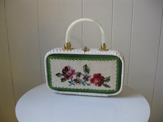 60s floral NEEDLEPOINT basket purse with lucite handles