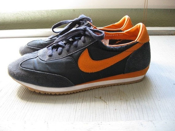 70s old school nike running shoes size 8 5 by. Black Bedroom Furniture Sets. Home Design Ideas
