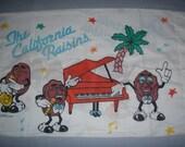 California Raisins STANDARD PILLOWCASE - Reclaimed Bed Linens