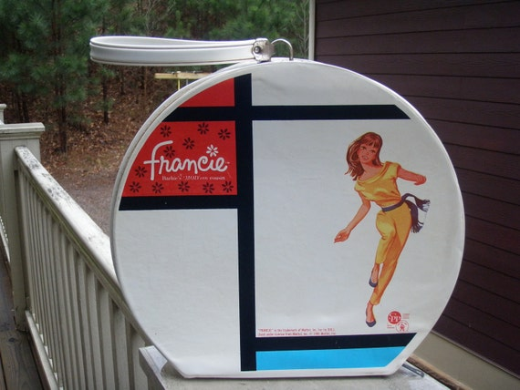Francie Barbies MODern cousin round hat box