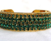 FANCY EMERALD CRYSTAL CUFF