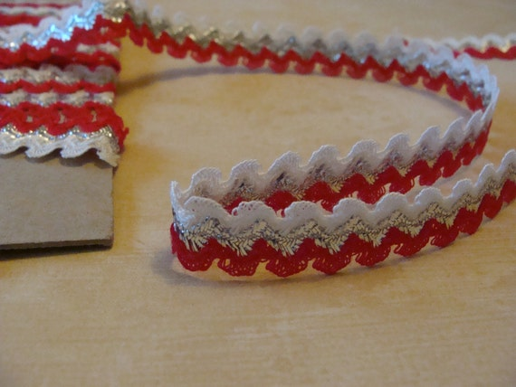 LAST 2.5 Yards of Vintage Rick Rack ..... Add a little Bling ... Red White and Silver ... NOS