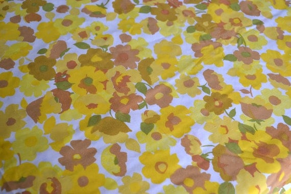 Vintage Bed Sheet - Yellow and Brown Floral - Twin Fitted