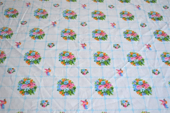 Vintage Bed Sheet - Gloria Vanderbilt Rose Bouquets and Birds - Twin Fitted