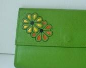 Vintage 60s Green Apple Wallet Checkbook Clutch