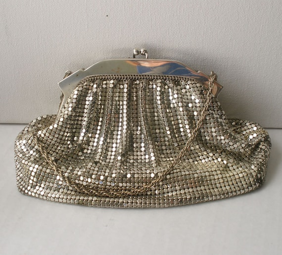 Vintage Classic Silver Mesh Purse // Whiting & Davis // Mother's Day