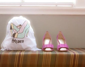 "Embroidered ""Reggae"" Travel Shoe Bag"