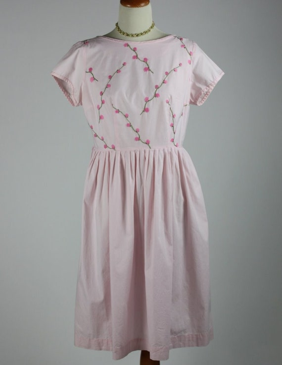 Pink Cotton 1950 Day Dress with Embroidery