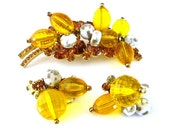 JULIANA Chunky Brooch Earrings Set  - Vintage 1960s Rhinestone Jewelry - D&E Yellow Bead Demi Parure
