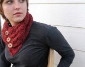 Crochet neckwarmer with buttons