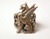 GRIFFIN RING