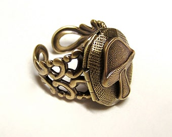 Steampunk Eat Me Locket Ring, Alice Wonderland, Mushroom Locket Ring