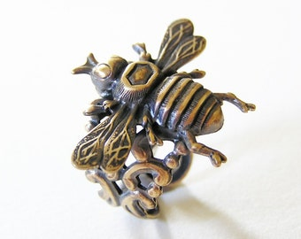 Gothic Steampunk Busy Bee Ring