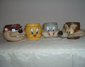 4 large hard plastic cartoon drink cups