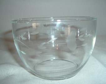 vintage clear etched glass bowl